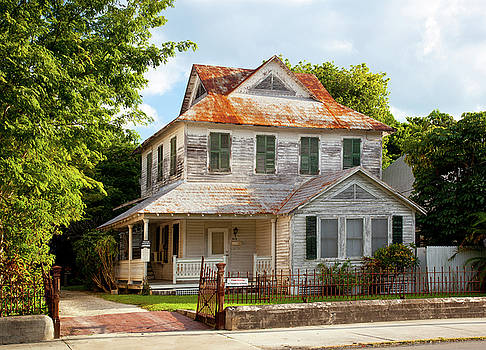 Michelle Wiarda - In Transition Key West Florida