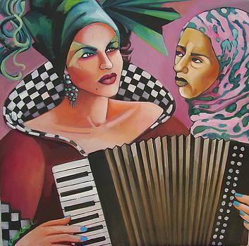 In tune by Erica Laszlo
