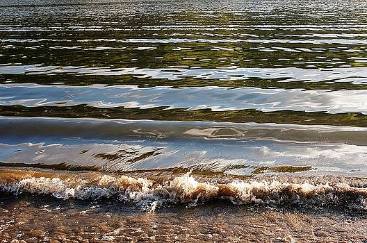 Incoming Tide by Jessica Wallace
