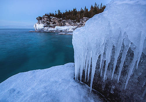 Indian Head Cove in Winter by Cale Best