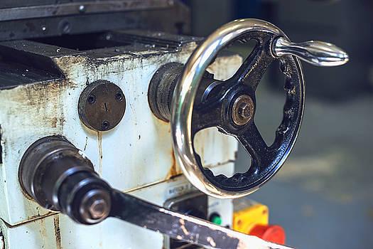 Eduardo Huelin - Industrial hand crank