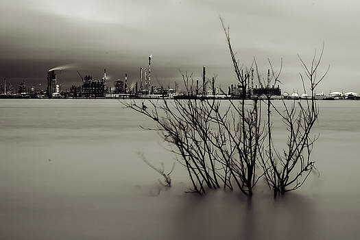 Chris Coffee - Industry on the Mississippi River, in Monochrome