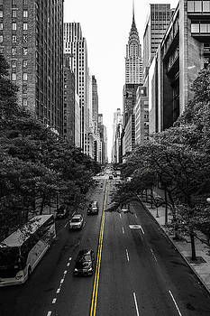 Infinite Manhattan by Maximilian Wollrab