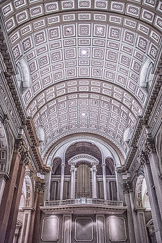 Elvira Pinkhas - Inside A Montreal Cathedral