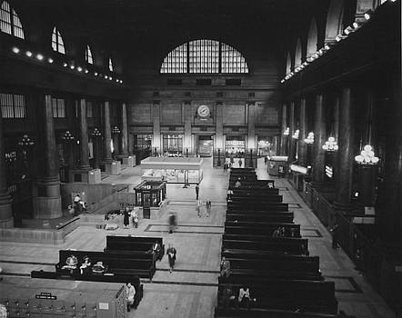 Chicago and North Western Historical Society - Inside Chicago Terminal - 1954