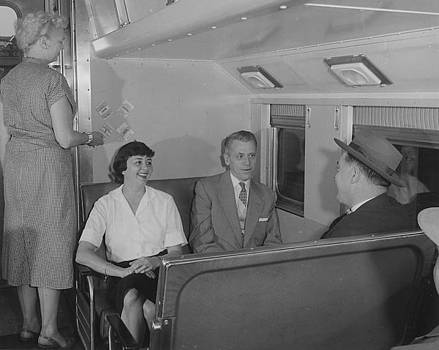 Chicago and North Western Historical Society - Inside Commuter Train - 1958