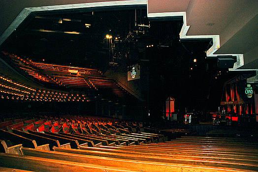Susanne Van Hulst - Inside Grand Ole Opry Nashville