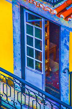 Julie Palencia - Inside Portugal Home