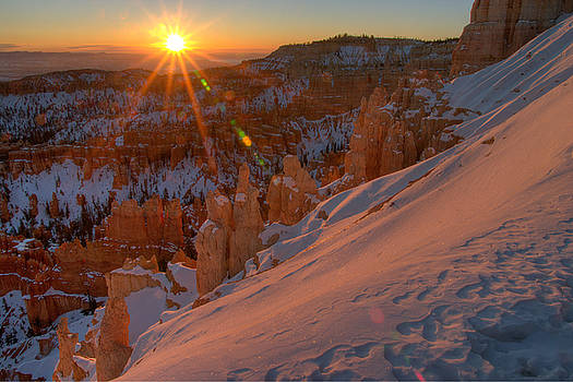 Inspiration Point Sunrise by Jeff Clay