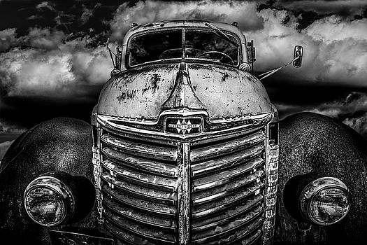 International Truck 1 by Michael Arend