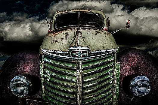 International Truck 2 by Michael Arend