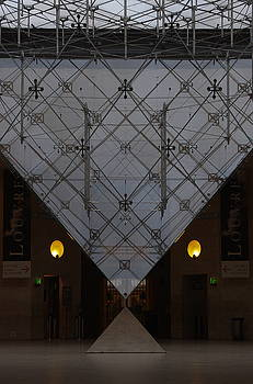 Intravert at the Louvre by Jacques Vesery