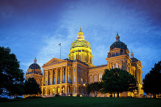 Iowa State Capitol by Notley Hawkins