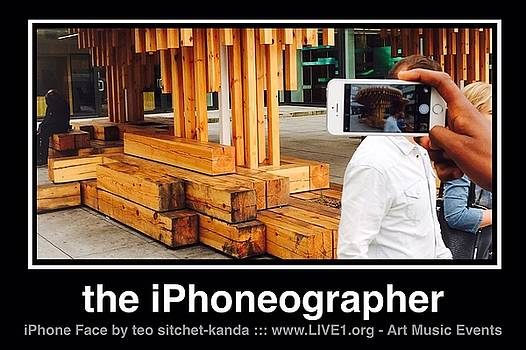 iPhone Face by Teo SITCHET-KANDA