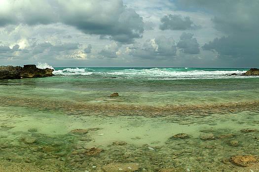 Isla de Mujeras North Shore by Dean Hueber