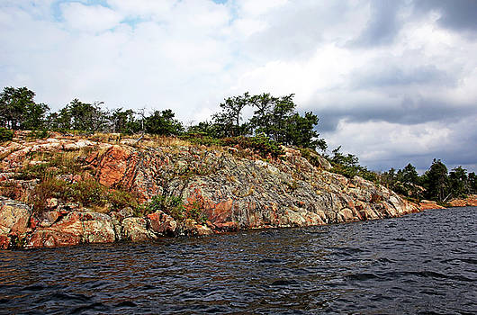 Debbie Oppermann - Island In McGregor Bay