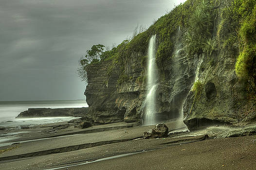 Island waterfall by Kamala Saraswathi