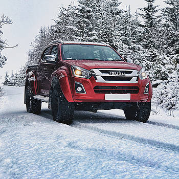 Isuzu in the snow by Carlton Boyce