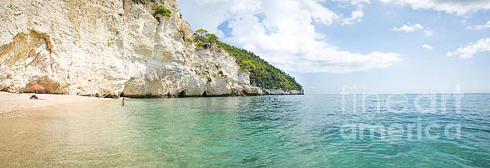 italian beaches - Zagare Bay - Vieste - Gargano - Puglia - panoramic by Luca Lorenzelli