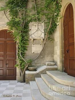 ITALIAN ART - Italian Courtyard- Brindisi