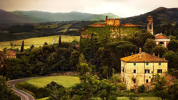 Marilyn Hunt - Italian Castle and Landscape