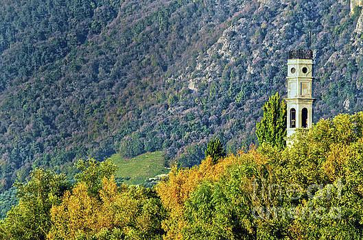 Spade Photo - Italian tower