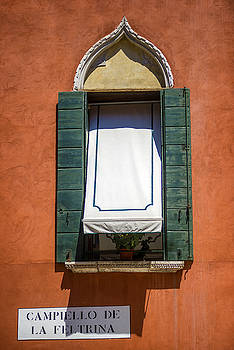 Eduardo Huelin - Italy Venice window in an old building