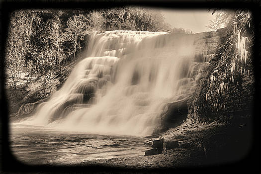 Ithaca Falls Old Style-01 by Larry Jost