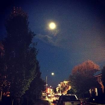 It's Such A Beautiful Night Tonight! by Jennifer Wright