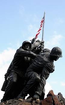Iwo Jima Memorial by Sheryl Unwin