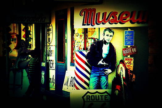 Susanne Van Hulst - James Dean on Route 66