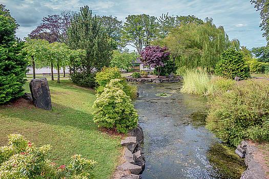 Japanese Garden by Fabio Gomes Freitas