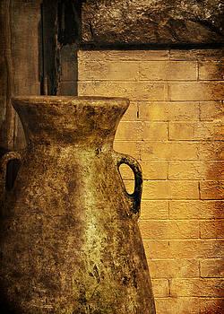 Nikolyn McDonald - Jar against Wall