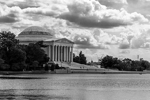 Jefferson Monument  by Samir Chokshi