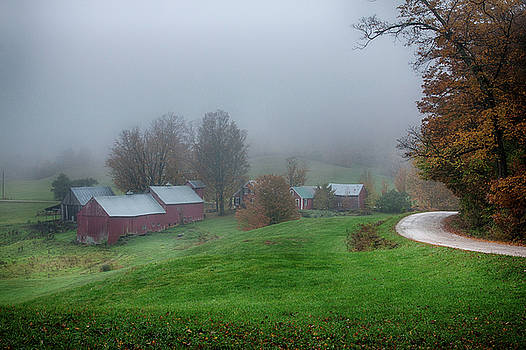 Jenne farm on a foggy day in autumn by Jeff Folger