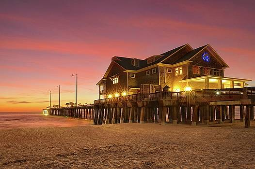 Jennette's Pier by Jeff Burcher
