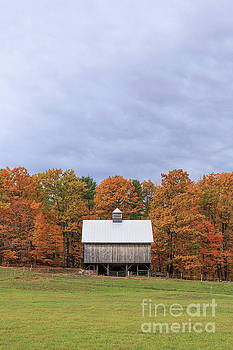 Jericho Hill Vermont Barn by Edward Fielding