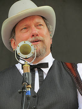 Jerry Douglas 03 by Julie Turner