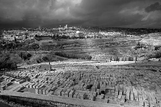 Zoriy Fine - Jerusalem view infrared