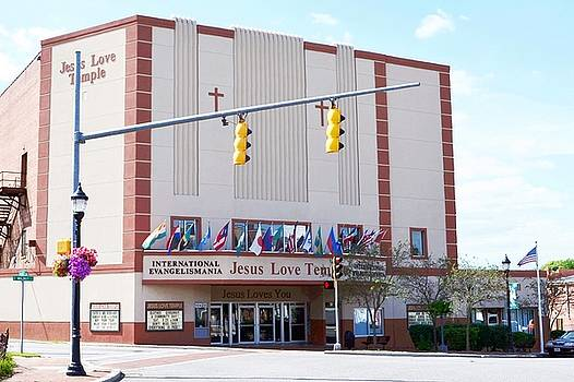 Jesus Love Temple - Milton Delaware by Kim Bemis