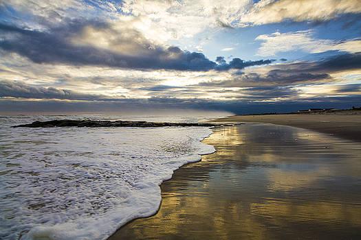 Jetty Four Shorebreak by Robert Seifert