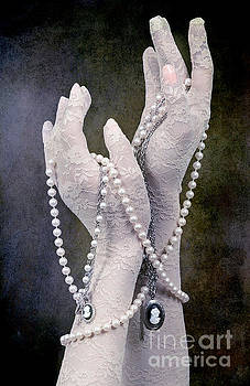 Svetlana Sewell - Jewelry