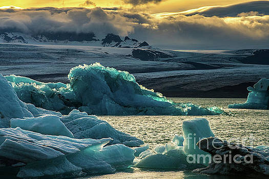Jokulsarlon Lagoon Massive Ice in Motion by Mike Reid