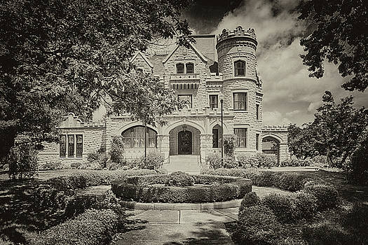 Susan Rissi Tregoning - Joslyn Castle in Black and White