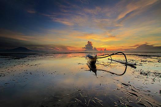 Jukung - The Traditional Fisherman Boat by Ocky Ochtavian