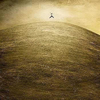 Jump by Luis  Beltran