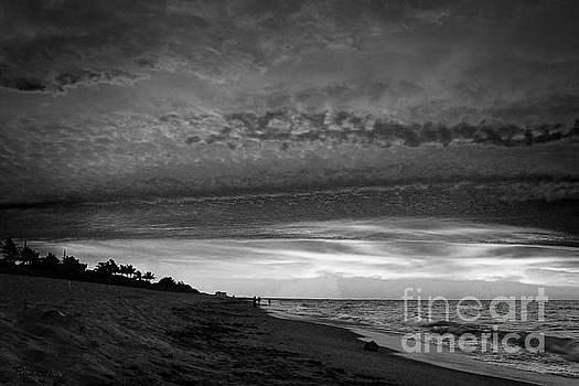 Ricardos Creations - Juno Beach Sunrise Seascape Black and White D7