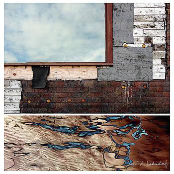 Juxtae #94 by Joan Ladendorf