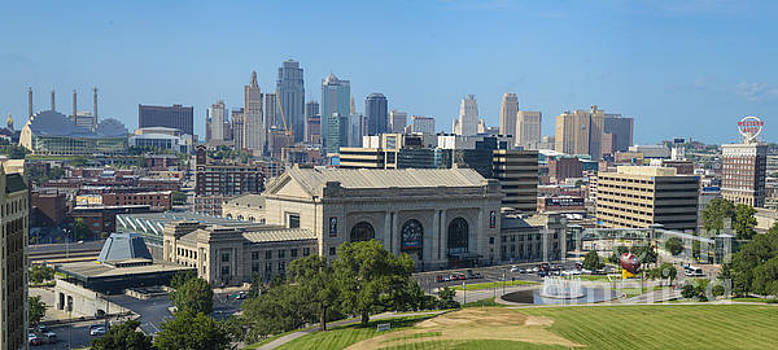 Tim Mulina - Kansas City Union Station and Skyline