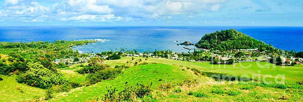 Kapueokahi Heavenly Hana Maui Hawaii panoramic view from Fagans Cross by Sharon Mau